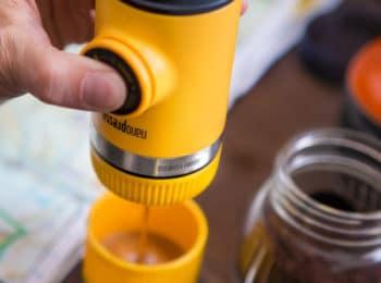 Wacaco máy pha cafe tiện dụng